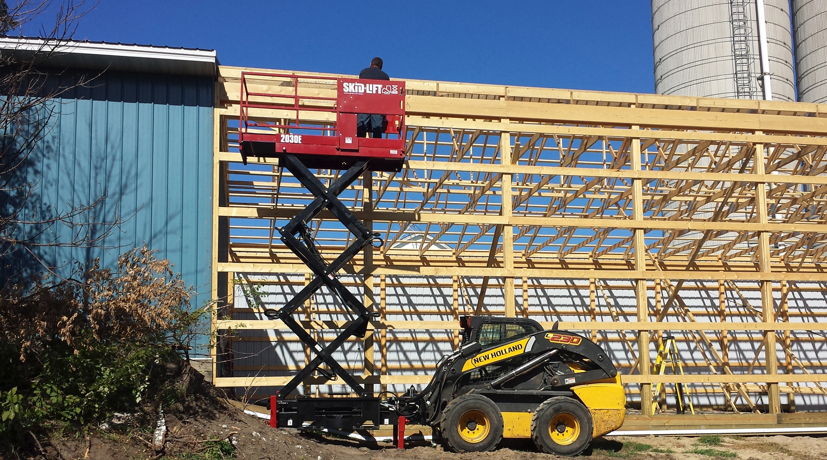 Skid-Lift announced the production of its scissor lift skid steer attachment for construction, maintenance and agricultural industries.