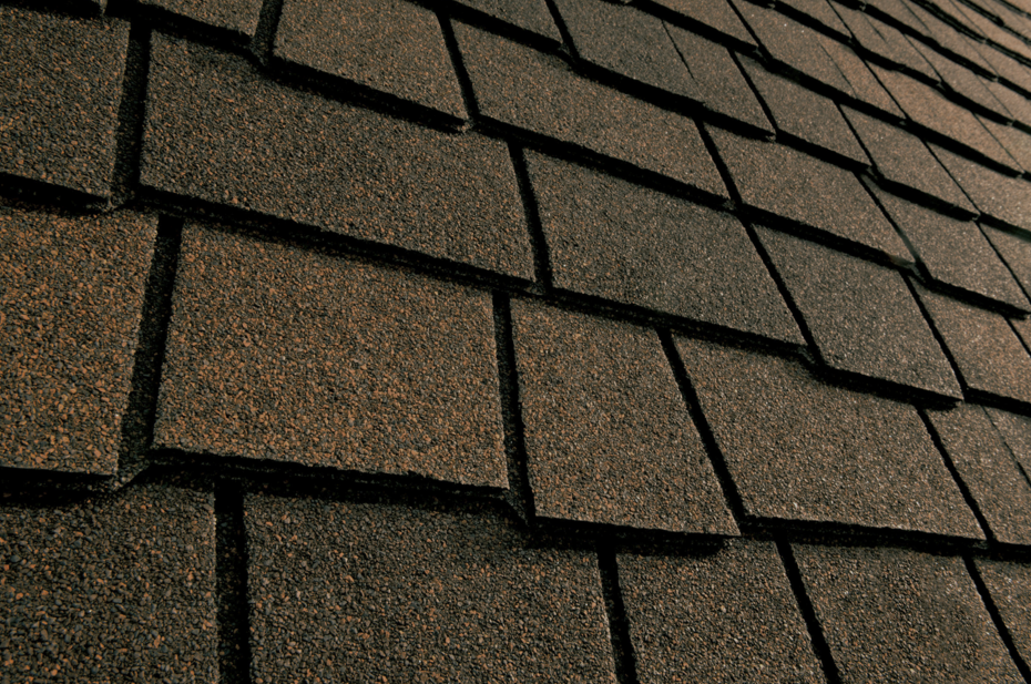 Shingles Resemble Wood Shakes Roofing
