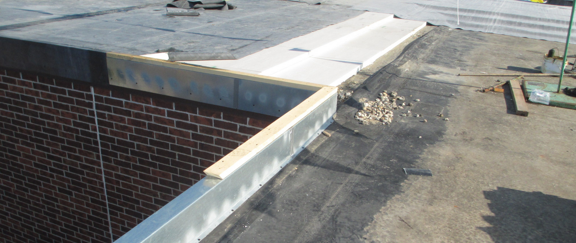 roof edge, prefabricated roof curb