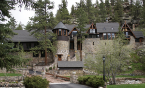 The owners of a historic home in Evergreen, Colorado, made a stone-coated metal shake roof system a key part of their renovation project.