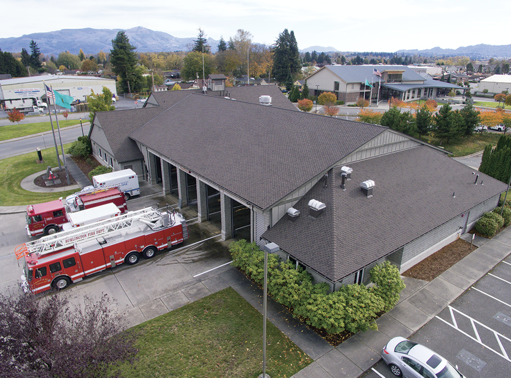 When the Burlington Fire Department decided to replace its aging steep-slope system, the goals included finding a system that would look good, stand up to high winds and resist algae growth.