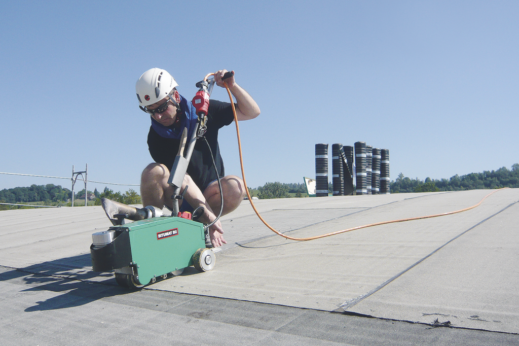 Hot Air Welding Under Changing Environmental Conditions