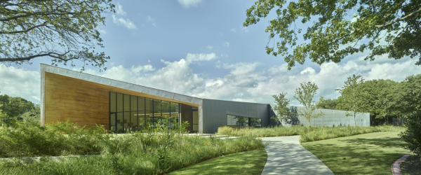 Roof and Walls Are Key to the Design of Lamplighter School's Innovation Lab